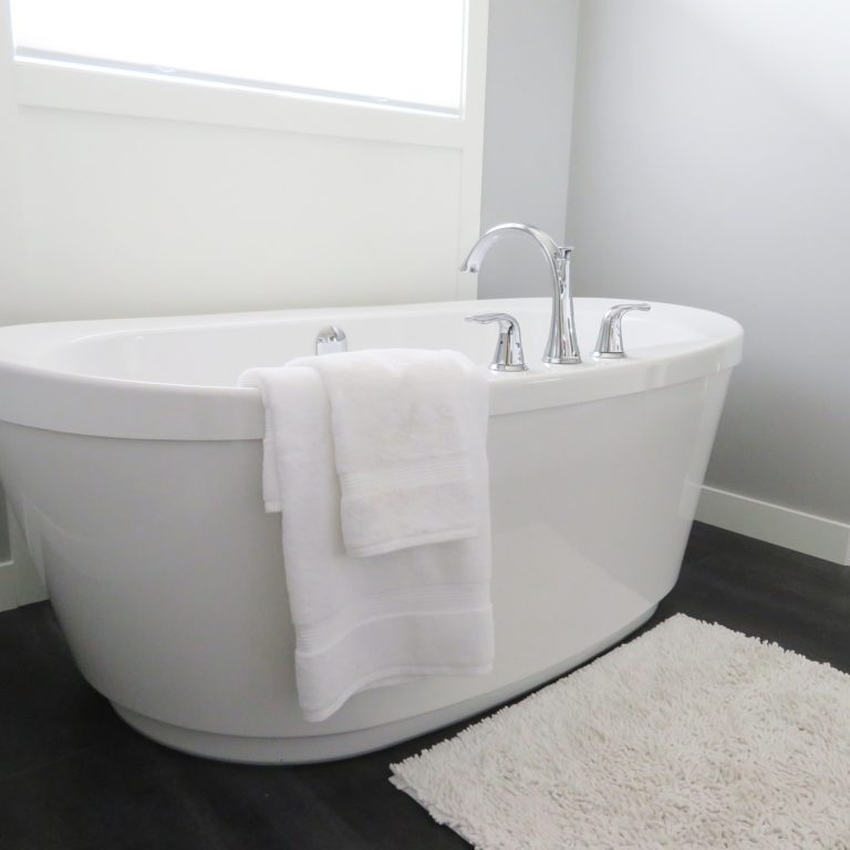 Kylpyhuoneen siivouslahjakortti